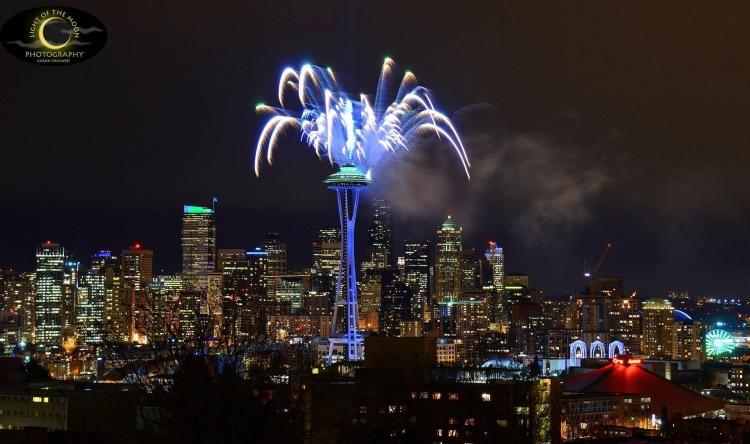Superbowl Spaceneedle fireworks